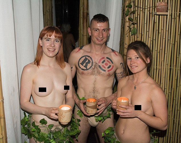 naked restaurant
