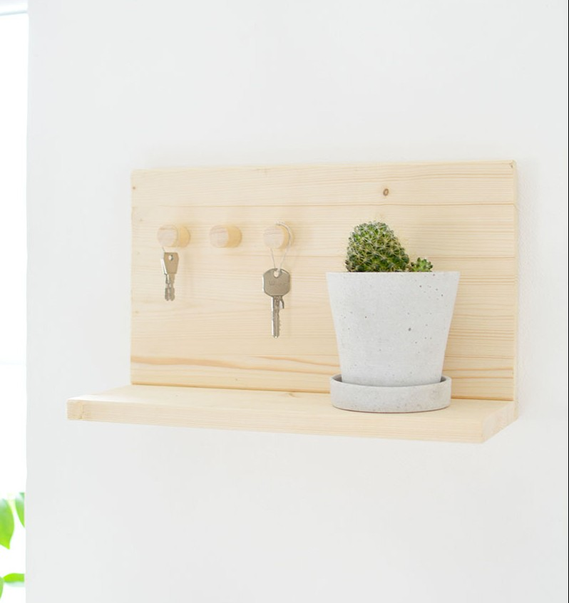 diy-handmade-key-shelf