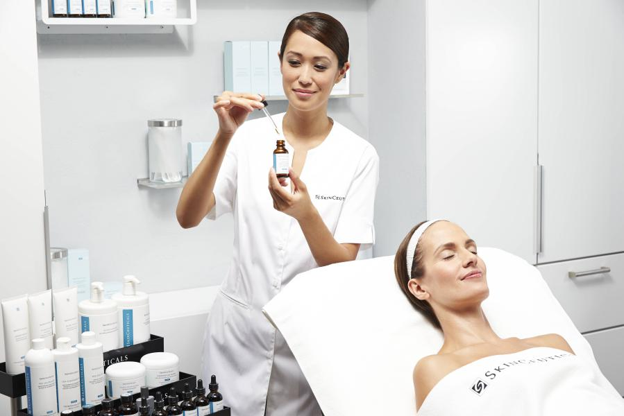 skinceuticals_advanced-peels-1