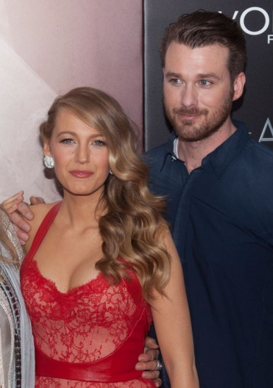 """Elaine Lively, Blake Lively and Eric Lively attend """"The Age of Adaline"""" New York Premiere at the AMC Loews Lincoln Square 13 theater in New York City. ¿¿ LAN (Photo by Lars Niki/Corbis via Getty Images)"""