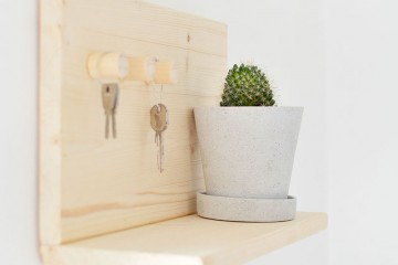 diy-wooden-key-shelf