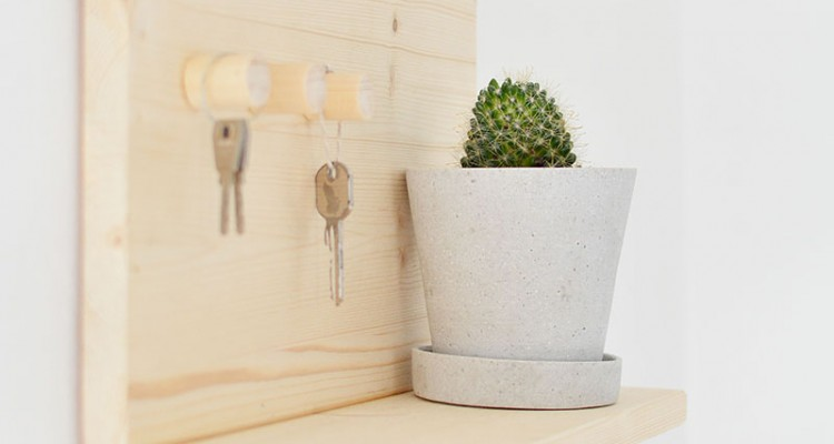 diy-wooden-key-shelf