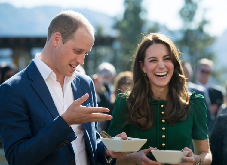 Britain's Prince William and his wife Kate, the Duke and Duchess of Cambridge, take part in the taste of British Columbia at Mission Hill Winery in Kelowna, British Columbia, Tuesday, Sept 27, 2016. (Jonathan Hayward/The Canadian Press via AP)