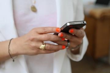 texting (1)