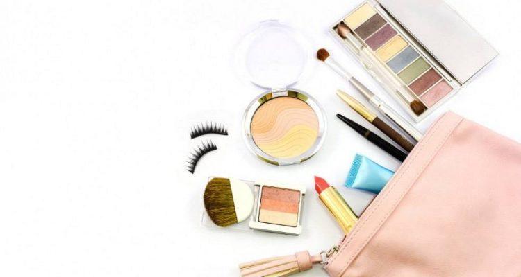 makeup-bag-980x624