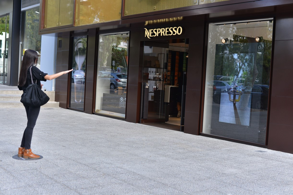 nespresso-augmented-reality_picture-3