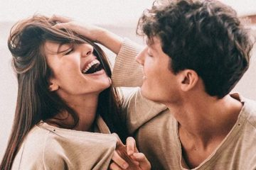 couple-laugh-620x420