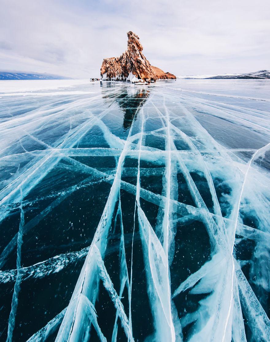 frozen-lake-baikal-russia-kristina-makeeva-8