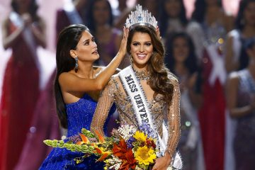 France wins 65th Miss Universe pageant