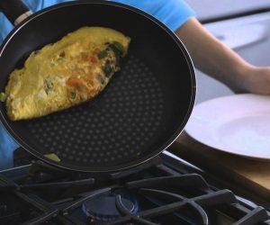 omelette-in-pan