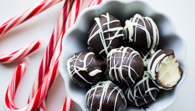 thumbnail_Εύκολες τρούφες σοκολάτας με μέντα