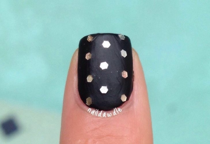 thumbnail_glitter-nails-6