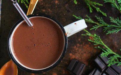 Ζεστή σοκολάτα με μέντα και καρύδα