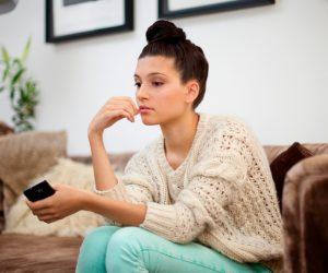 6 tips στο τι να κάνεις όταν δεν σου απαντάει στα μηνύματα