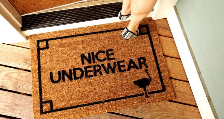 Doormats_Nice_Underwear_04