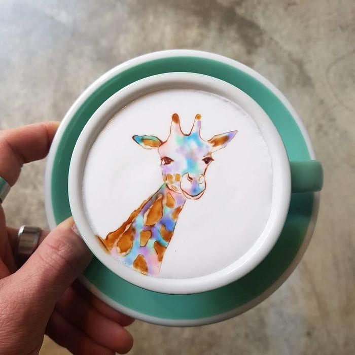 Artistic-barista-from-korea-who-draws-art-on-coffee-5912befbbd766__700
