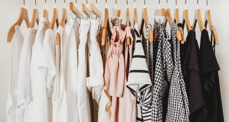 wardrobe-96961-1600x1073