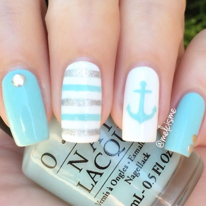 nails-glitter-anchor