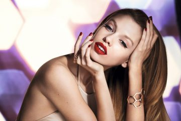 Stella Maxwell for Max Factor Colour Elixir Honey Lacquer_Campaign Photo