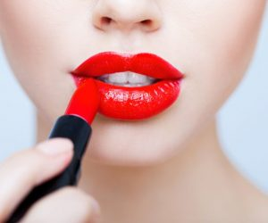 Try-These-Natural-Ways-To-Get-Red-Lips