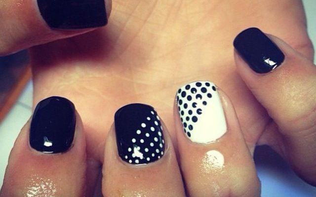 black_nails_3