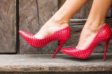 a-podiatrist-explains-how-high-heels-destroy-your-feet
