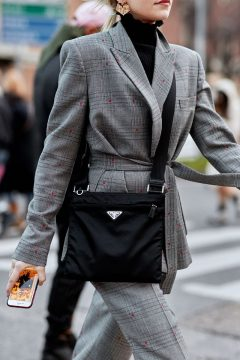 how-to-do-1980s-fashion-trend-street-style-178772-1519583428860-image.640x0c