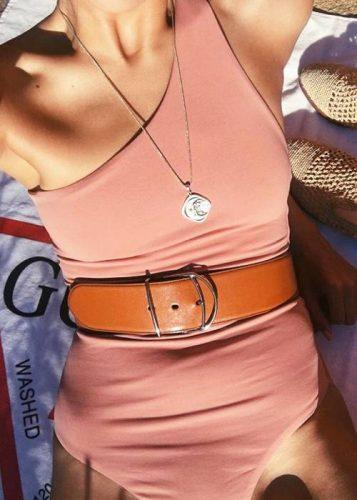 beachwear-trends-256489-1525267586452-image.500x0c