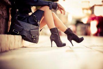 woman-shoes-purse