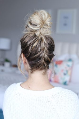 Twist-Me-Pretty-the-everygirl-easy-hairstyles-that-keep-you-cool-in-the-summer