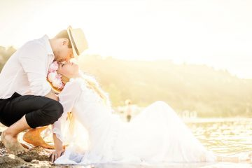 beach-sand-wedding-couple-mariage-plage-sable-2050x1200