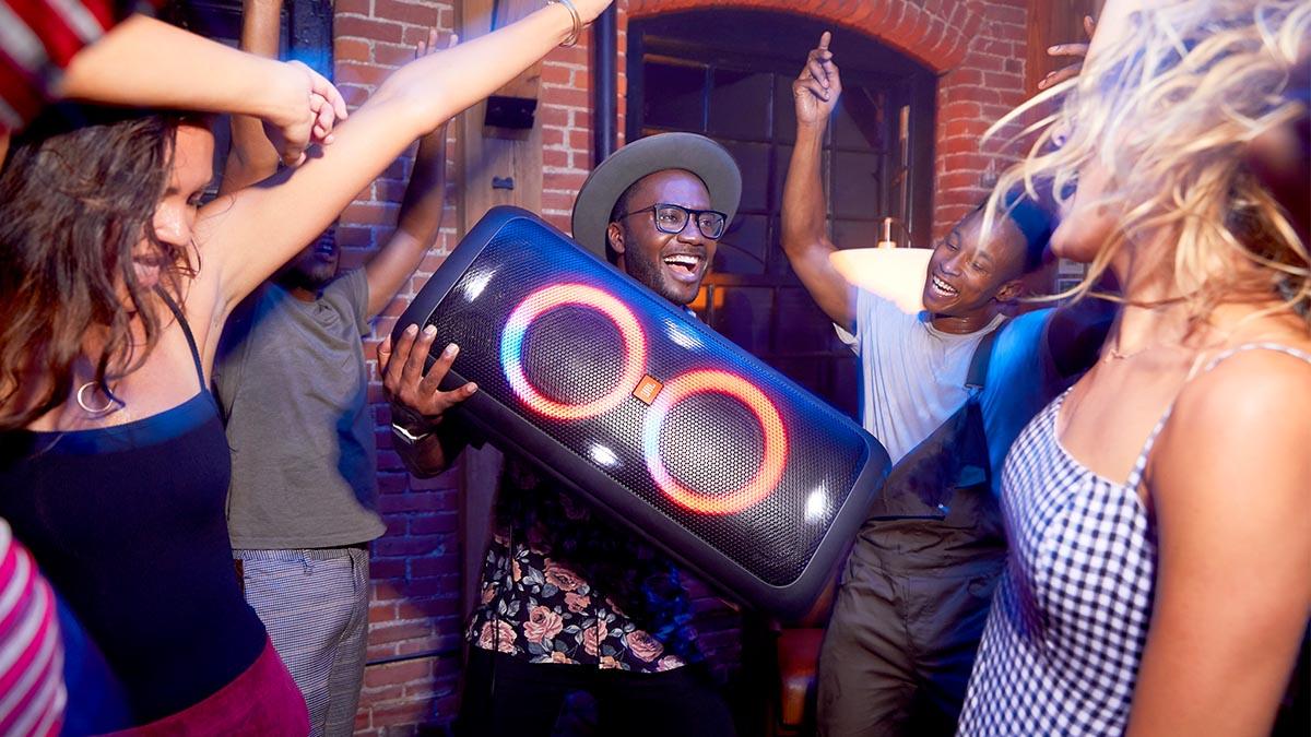 JBL-PartyBox-200-1