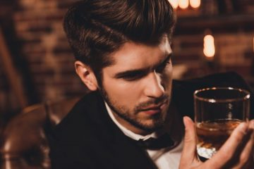 man-drinking-whiskey-1024x576