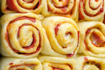 Pepperoni-Pizza-Rolls-03