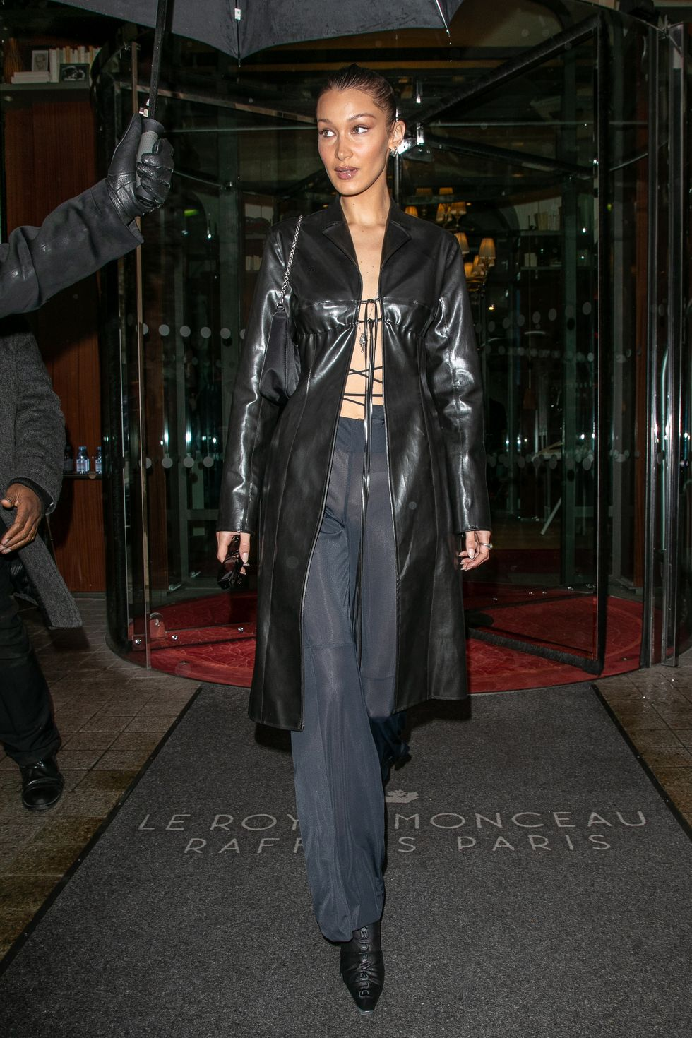 bella hadid outfit