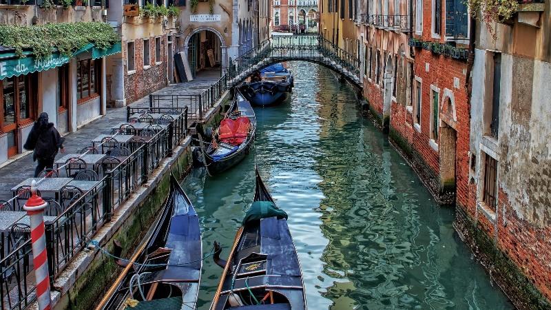 καθάρισαν κανάλια βενετίας