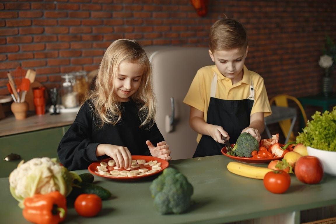 μαγειρεύουμε με τα παιδιά